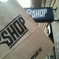 Foto tirada no(a) BP Shop por Rozi L. em 1/12/2013