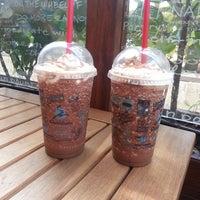 7/8/2013 tarihinde Sinem B.ziyaretçi tarafından Caribou Coffee'de çekilen fotoğraf