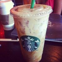 Photo taken at Starbucks by Jemuel D. on 9/29/2012
