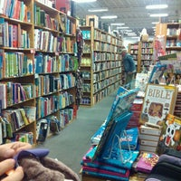 Photo taken at Half Price Books by Patricia R. on 10/8/2012