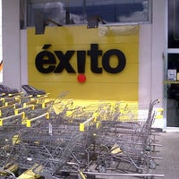 Photo taken at Éxito by Mario andres C. on 6/21/2013