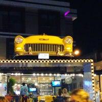 9/4/2013 tarihinde 🚀€n€$🚀ziyaretçi tarafından Big Yellow Taxi Benzin'de çekilen fotoğraf