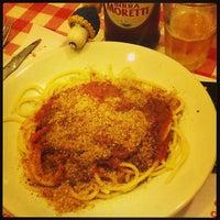 3/7/2013 tarihinde Luca C.ziyaretçi tarafından Osteria Fratelli Lo Bianco'de çekilen fotoğraf