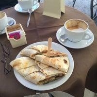 Снимок сделан в Tosca Caffè пользователем Gleb 10/4/2016