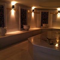 Foto scattata a Queen Hotel & Spa da Emir B. il 2/3/2013