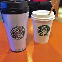 Photo taken at Starbucks by MikaelDorian on 8/17/2014