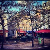 Photo taken at Place de la Contrescarpe by MikaelDorian on 10/27/2012