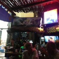 Foto tomada en The Surfin Burrito por Edgar L. el 4/14/2013