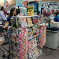 Photo taken at Extra by Karoline F. on 9/18/2012