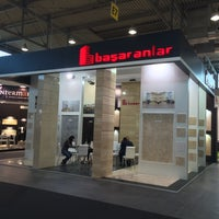 Photo taken at Başaranlar Marble -Marmomacc /Hall:12 Booth No:E7-F7 by Hasan S. on 9/30/2015