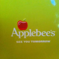 Photo taken at Applebee's Grill + Bar by Yainet V. on 6/29/2013