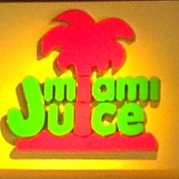 Photo taken at Miami Juice by 💗Victoria💗Angel💗 G. on 4/18/2013