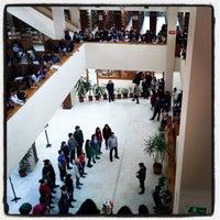 3/27/2013 tarihinde Enfâl K.ziyaretçi tarafından Aptullah Kuran Kütüphanesi'de çekilen fotoğraf
