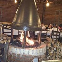 Photo taken at Pizzaria Vero Verde by Vladimir G. on 11/15/2012