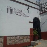 Foto tomada en Museo de las Momias de Guanajuato por Cata D. el 6/30/2013