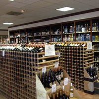 Photo taken at Magnolia's Wines & Spirits by Kevin C. on 12/15/2012