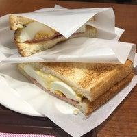 Photo taken at CAFÉ de CRIÉ 道玄坂上店 by mittya on 8/5/2017