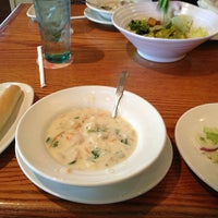 Photo taken at Olive Garden by Alfred L. on 5/14/2013