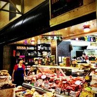 3/28/2013にCamila A.がPrahran Marketで撮った写真