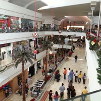 Foto tomada en Galerías Guadalajara por Uriel A. el 11/25/2012