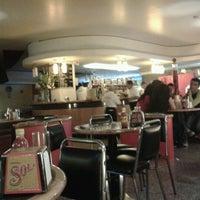 Foto tomada en Viena Bar por alex s. el 10/12/2012