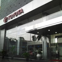 Photo taken at Plaza Toyota Tendean by Alan Darmawan M. on 7/15/2013