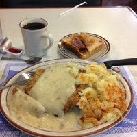 Photo taken at Mykonos Family Restaurant by Deborah S. on 4/6/2013