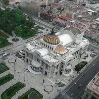 Foto tomada en Torre Latinoamericana por Pedrito C. el 6/23/2013