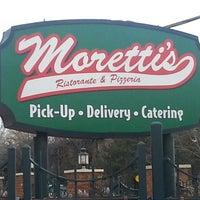 Photo taken at Moretti's Ristorante And Pizzeria by Alvin E. on 3/20/2013