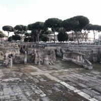 Foto scattata a Foro Romano Imperatori da Tricólogo Miguel Cisterna | Experto Capilar il 10/12/2014