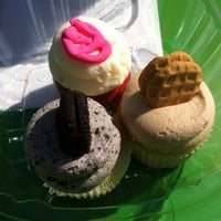 Photo taken at Trailercakes by Michelle F. on 2/16/2013