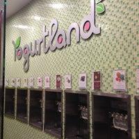Photo taken at Yogurtland by Jeff G. on 12/28/2012