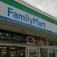 Photo taken at FamilyMart by みなたか@大阪港鷹党 on 2/6/2014