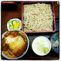 Photo taken at 丸の内更科 三田店 by Nobuo N. on 9/26/2012