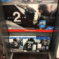 Photo prise au GameStop par Nick K. le8/13/2017