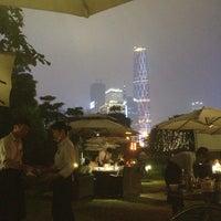 Photo taken at 红城堡江畔花园酒家 by Jacky W. on 4/28/2013