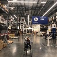 2/28/2018 tarihinde Eric V.ziyaretçi tarafından IKEA'de çekilen fotoğraf