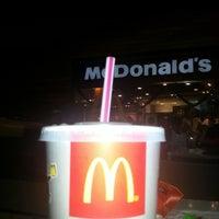Foto tomada en McDonald's por Jose C. el 12/30/2012