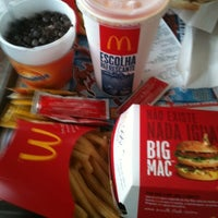 Photo taken at McDonald's by Philipe D. on 10/6/2012