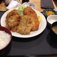 Photo taken at とんかつ一代 ボーノ相模大野店 by ぱんだ on 1/10/2014