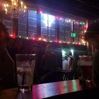 10/1/2017 tarihinde William R.ziyaretçi tarafından Twilite Lounge'de çekilen fotoğraf