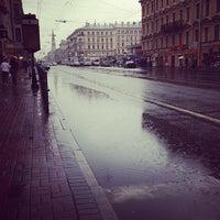 Снимок сделан в Средний проспект В. О. пользователем Viktoriya P. 8/11/2013