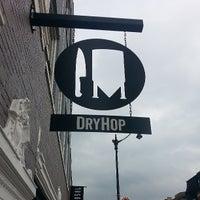 รูปภาพถ่ายที่ DryHop Brewers โดย Steve S. เมื่อ 7/26/2013