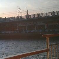 12/14/2012 tarihinde musonruzgariziyaretçi tarafından Galata Ustad Cafe&Bar'de çekilen fotoğraf