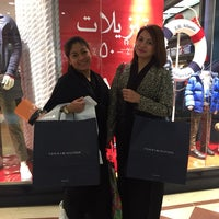 Photo taken at Tommy Hilfiger - Faisaliah Mall by xtine r. on 12/2/2016