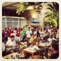 Foto tirada no(a) Samba da Ouvidor por T. A. em 4/27/2013
