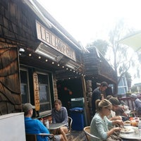 รูปภาพถ่ายที่ Leilani's Cafe โดย R. Brooks B. เมื่อ 4/7/2013