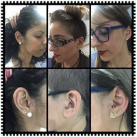 Photo taken at Simple Tattoo Piercing by Leandro R. on 12/6/2016