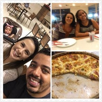 Photo taken at Pizza Hut by Leandro R. on 12/7/2016