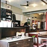 Photo taken at Coffee Way by Mr.Apirak P. on 11/11/2012